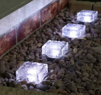 Paving Block Tenaga Surya 1 LED – LT 1019